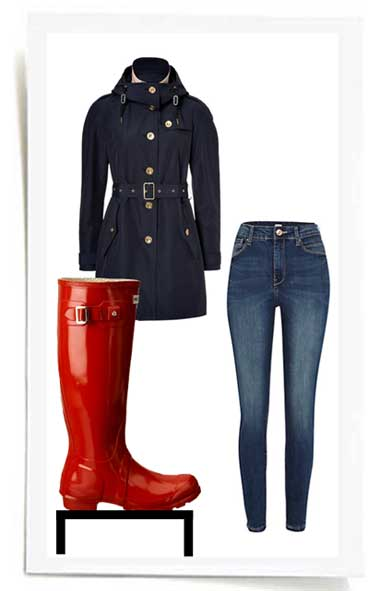 Womens-outfit-featuring-a-pair-of-hunter-rain-boots
