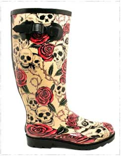 skulls-and-rooses-rain-boots
